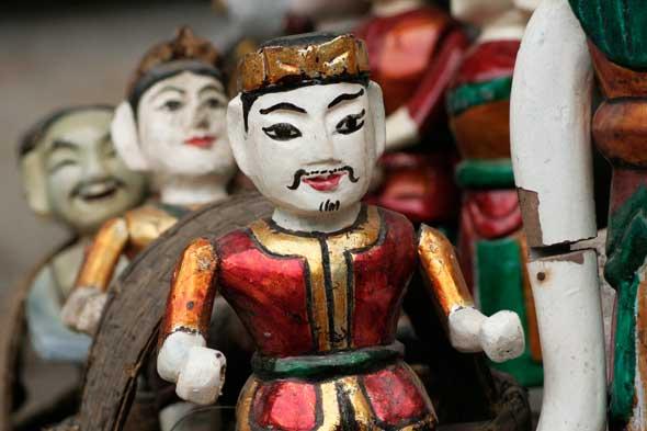 Vietnam Discovery - Vietnam Tours - Vietnam Travel - Water Puppet show