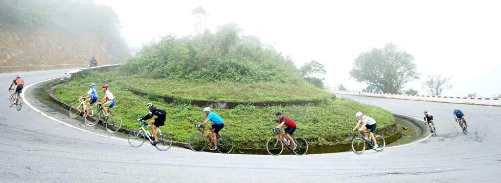 Vietnam Cycling-Hai-Van-Pass