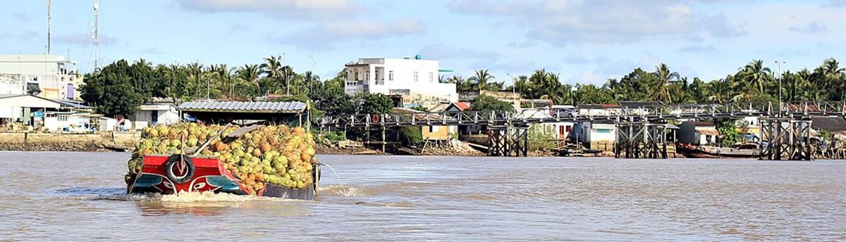 Mekong cruise Vietnam Cambodia
